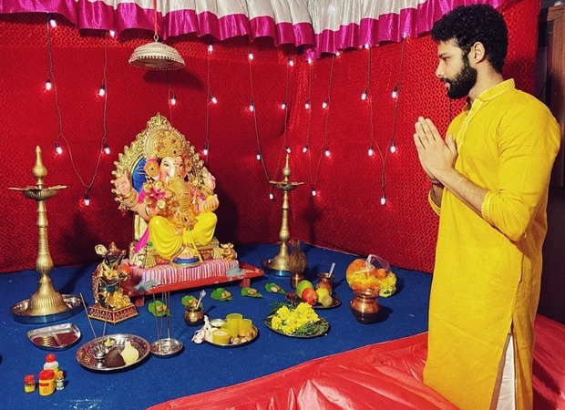 Siddhant Chaturvedi pens a heartfelt note on celebrating Ganesh Chaturthi with the new norms