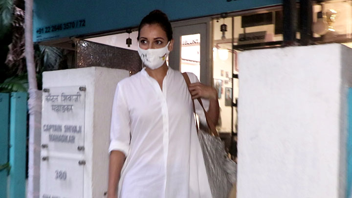 Dia Mirza spotted at BBlunt salon in Bandra