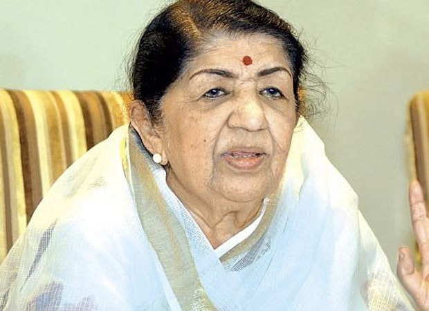 """Durga Puja this year will have to be without fanfare"" - Lata Mangeshkar"