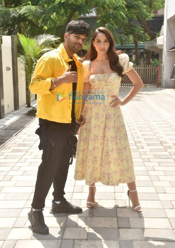 Photos: Bhushan Kumar, Guru Randhawa and Nora Fatehi get clicked during the promotions of their upcoming T-Series song Naach Meri Rani