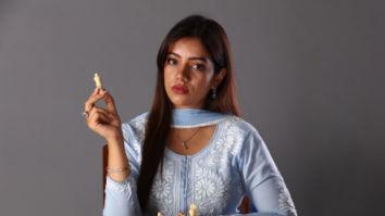 Nidhi Singh spills the beans on working alongside her long-time on-screen partner Sumeet Vyas in Dark 7 White