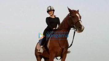 Photos: Elli AvrRam goes horse riding in Dubai