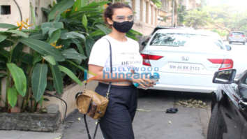 Photos: Patralekha spotted outside clinic in Bandstand