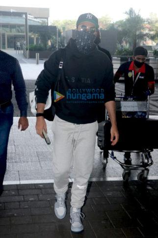 Photos: Ranbir Kapoor and Anupriya Goenka and others snapped at the airport