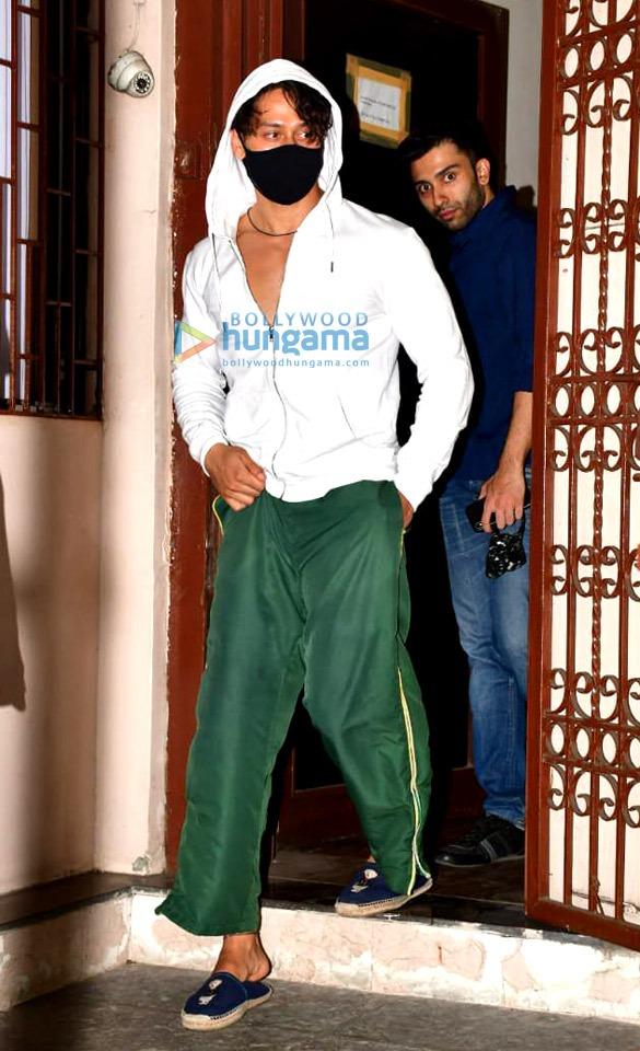Photos: Tiger Shroff and Disha Patani spotted at dubbing studio