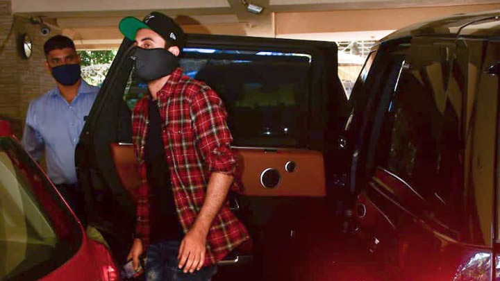 Ranbir Kapoor spotted at dubbing studio in Bandra