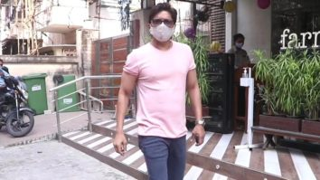 Singer Shaan spotted at Farmers Cafe