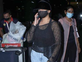 Sonakshi Sinha spotted at Airport