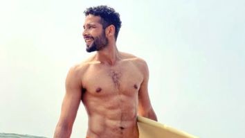 Siddhant Chaturvedi flaunts his abs as he takes a dip in the sea; asks followers to pay attention to his poem as well