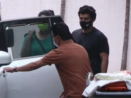 Arjun Kapoor and Sister Anshula Kapoor spotted leaving Hinduja Hospital Khar