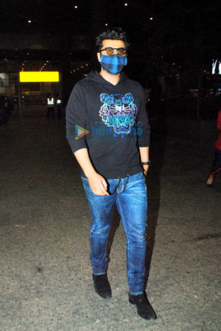 Photos Arjun Kapoor, Chunky Pandey, Sonu Sood and others snapped at the airport