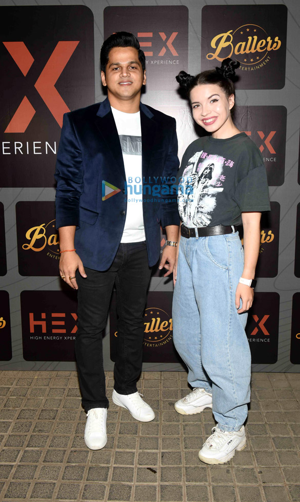 Photos Celebs snapped at the launch of Hex – High Energy Xperience club in Andheri (16)