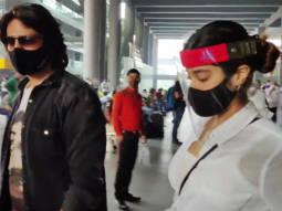 Kartik Aaryan, Janhvi Kapoor and Khushi Kapoor spotted at Airport