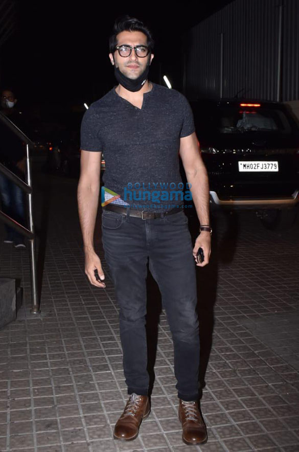 Photos Celebs snapped at Madam Chief Minister screening (2)