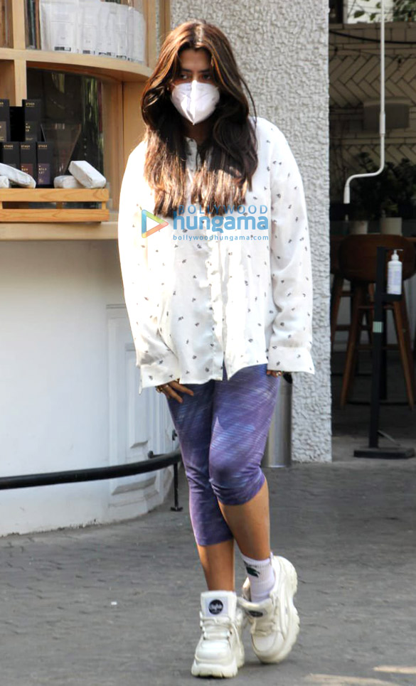 Photos: Ekta Kapoor spotted at a cafe in Bandra