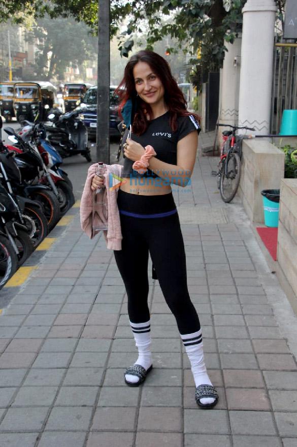 Photos: Elli AvrRam spotted in Bandra