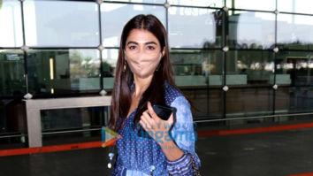Photos: Pooja Hegde, Ekta Kapoor and Nikhil Bhambri snapped at the airport