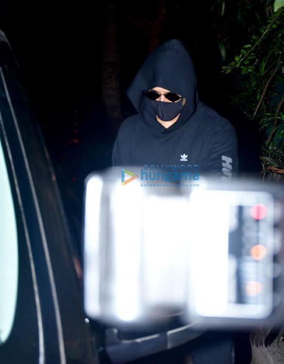Photos Ranveer Singh spotted at dubbing studio (4)