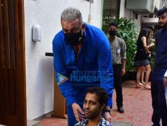 Photos: Sanjay Dutt and Priya Dutt snapped at Izumi in Bandra
