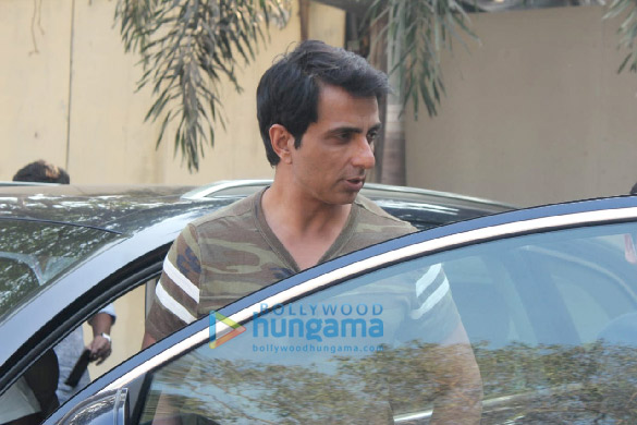 Photos Sonu Sood spotted in Versova (3)