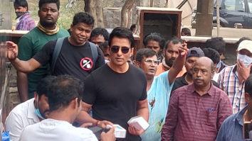 Sonu Sood gifts mobile phones to 100 crew members feature