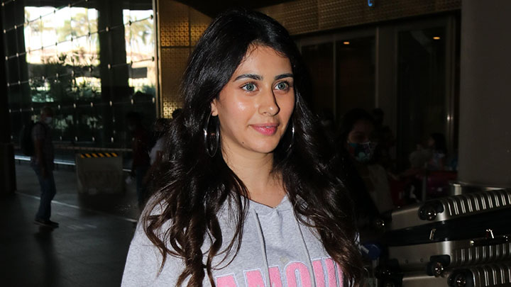 Warina Hussain spotted at Airport