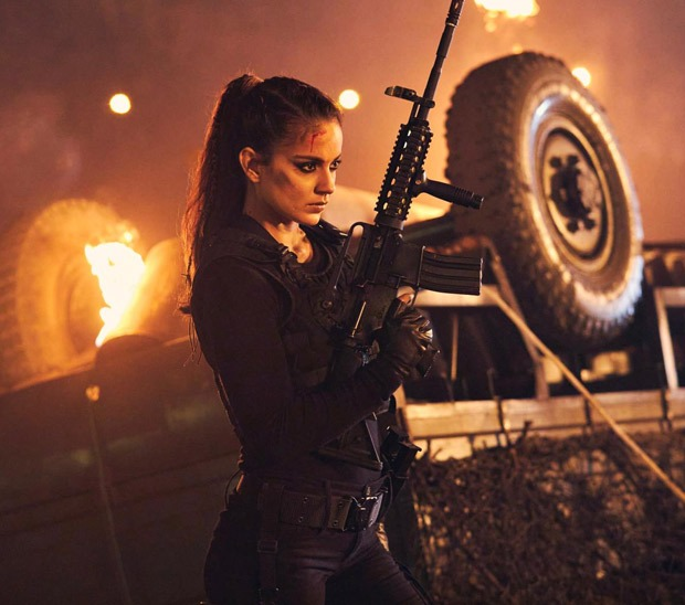 Kangana Ranaut gives a new glimpse of fiery Agent Agni from Dhaakad