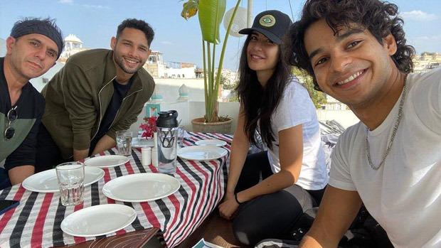 PhoneBhoot trio Katrina Kaif, Ishaan Khatter and Siddhant Chaturvedi enjoy lakeside view in Udaipur!