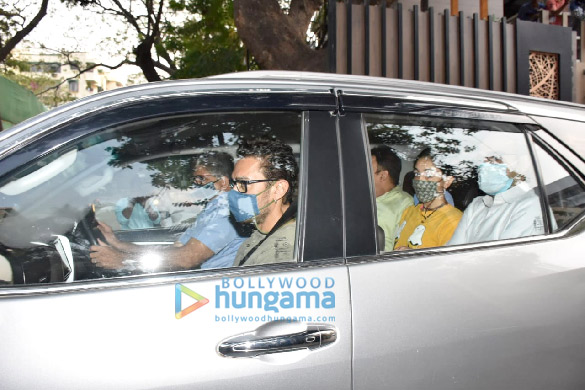 Photos: Aamir Khan spotted in Pali Hill with daughter Ira Khan