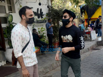 Photos: Aparshakti Khurrana snapped in Juhu