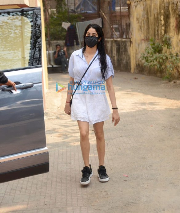 Photos Janhvi Kapoor snapped at Pilates in Khar (3)