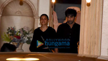 Photos: Ranbir Kapoor, Alia Bhatt, Saif Ali Khan, Kareena Kapoor Khan and others spotted at Rajiv Kapoor's house in Chembur