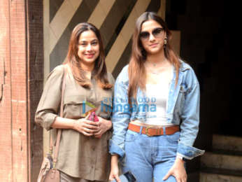 Photos: Saiee Manjrekar spotted with her mom at a gym in Juhu