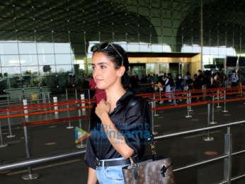 Photos: Sanya Malhotra, Ayushmann Khurrana, Kartik Aaryan and others snapped at the airport