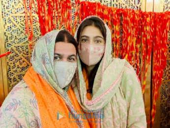 Photos: Sara Ali Khan with mom Amrita Singh at Ajmer Sharif dargha | Parties & Events Moviesflix