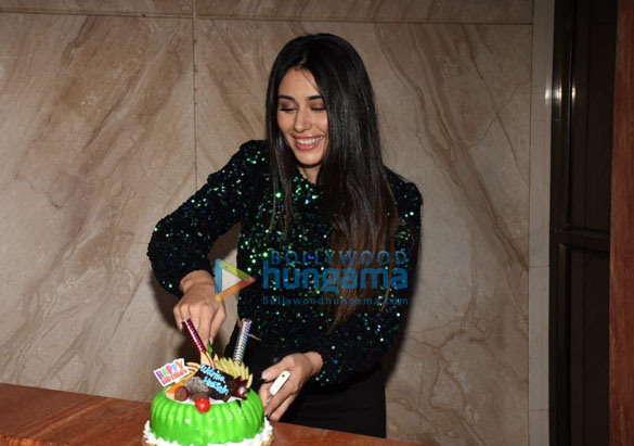 Photos Warina Hussain spotted at Cineriser Digital Media office today on her birthday (5)