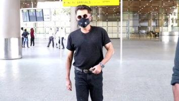 SPOTTED - Anil Kapoor, Preity Zinta, Khushi Kapoor and Ravi Dubey at Airport