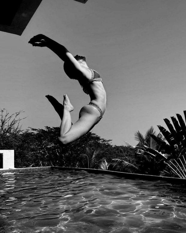 Alaya F sets the temperature soaring in a skimpy bikini