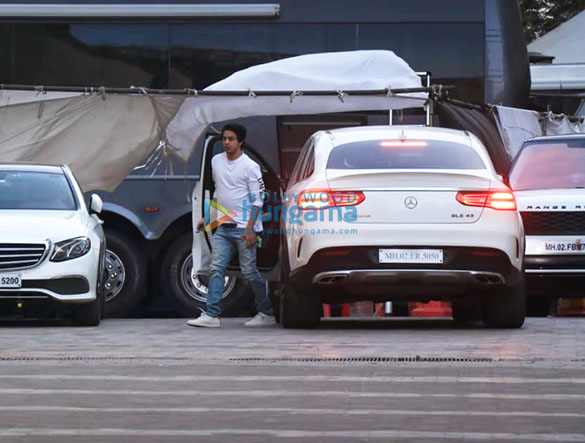 Photos Aryan Khan snapped at YRF studio in Andheri (3)