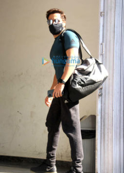Photos: Emraan Hashmi spotted at a gym