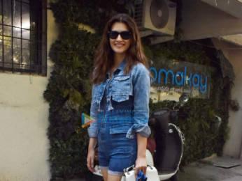 Photos: Kriti Sanon snapped at Kromakay salon in Juhu