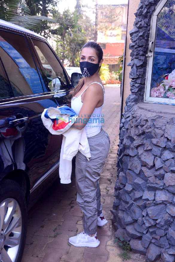 Photos Malaika Arora spotted in Bandra (2)