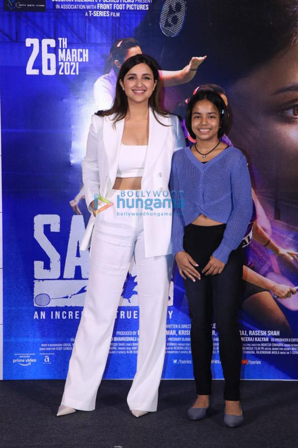 Photos Parineeti Chopra snapped at Saina movie trailer launch in PVR, Juhu (6)