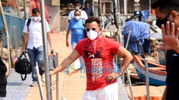 Photos: Saif Ali Khan snapped at Versova jetty in Andheri