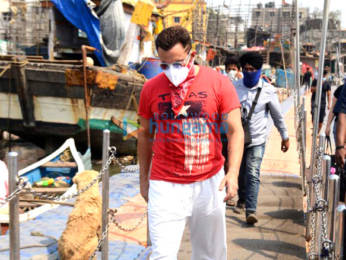 Photos: Saif Ali Khan snapped at Versova jetty in Andheri
