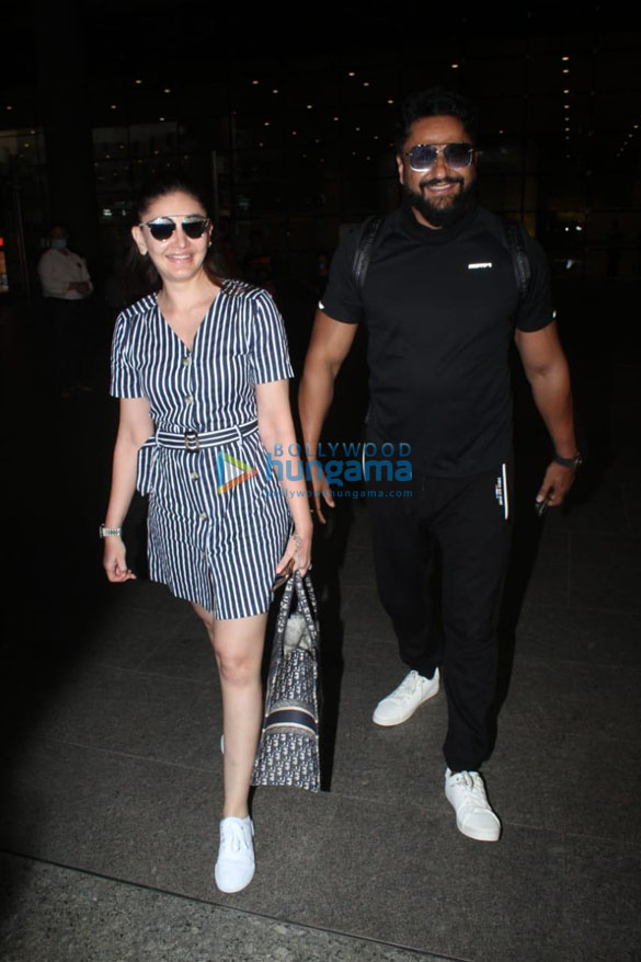 Photos Tamannaah Bhatia, Sonal Chauhan, Prachi Desai and others snapped at the airport-00258 (1)