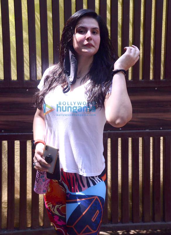 Photos Zareen Khan spotted at Anshuka Yoga in Bandra (3)