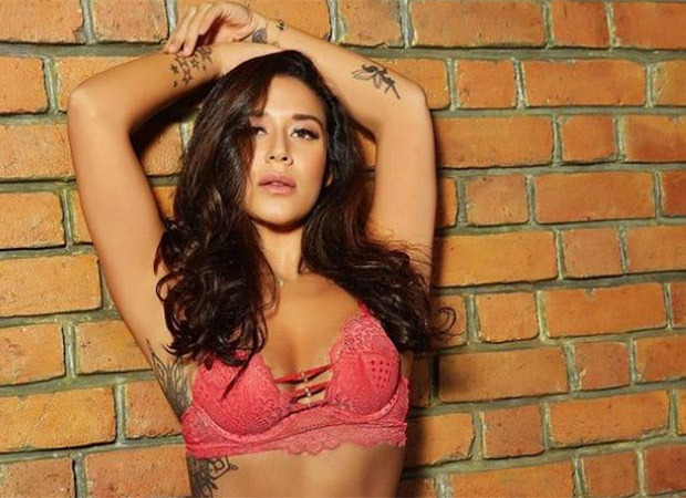 Check out! Krishna Shroff stuns in a pink lacy bikini flaunting her curves