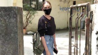 Aditi Rao Hydari spotted at Kromakay salon in Juhu