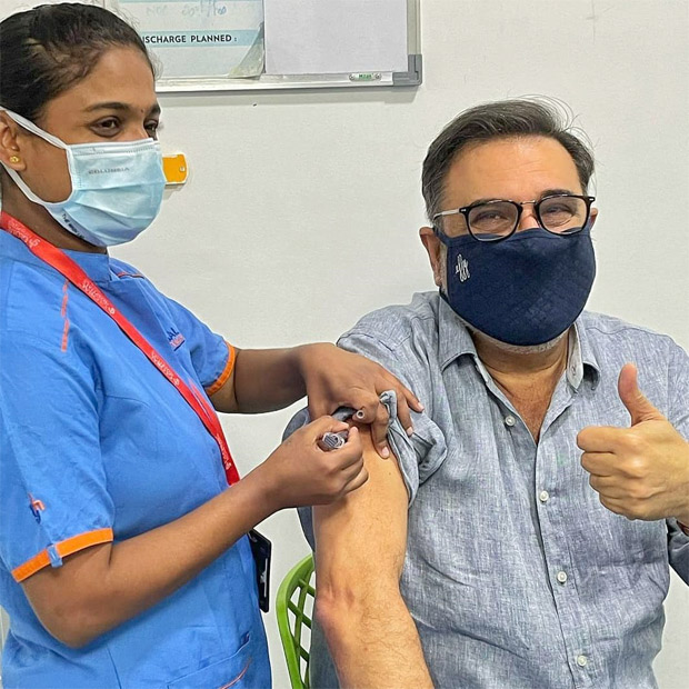 After Madhuri Dixit, Boman Irani receives second dose of Covid-19 vaccination; encourages everybody to take vaccine